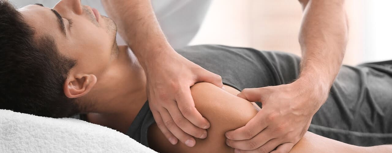 how a therapeutic massage can help relieve your pain